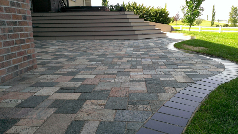 StoneTek Recycled Granite Earth Blend Pavers